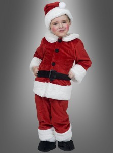 Ungefähr so sah ich den ganzen Dezember lang immer aus. Schrecklich süß, oder?! Tut das euren Kindern bloß nicht an! https://www.kostuempalast.de/Themen/Weihnachten/Weihnachtsmann-Nikolaus-Kinderkostuem.html