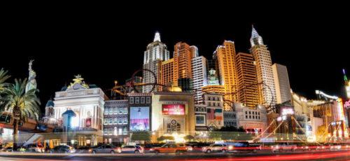 Las Vegas ist schön, aber eine Casino-Nacht im eigenen Heim hat viele Vorteile und ist in der Regel auch deutlich günstiger (Foto: PatternPictures/Pixabay).